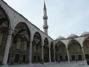 Sultan Ahmed Mosque, interior courtyard