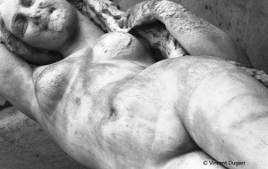 """Vincent Dugast, """"Statues de Poussière,"""" Photo N&B Piezo, 40 x 60 cm"""